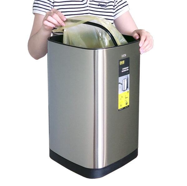 EK9288 40/50L крепление мусорного мешка механизмом крепления